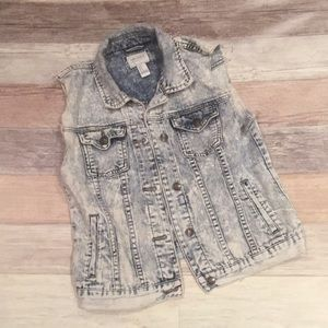 Forever 21 stone washed denim vest medium